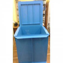 Пластиковая емкость для оборудования бассейна 1х1х1 м.